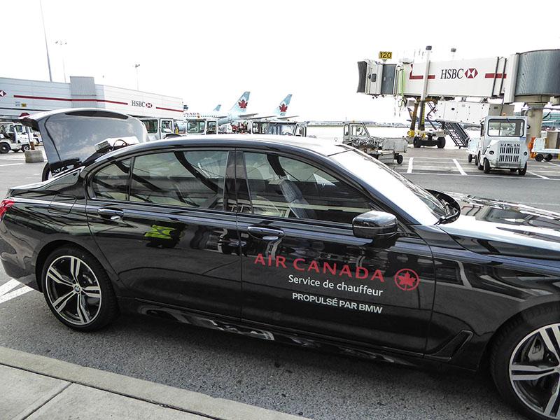 Review Toronto Air Canada International Maple Leaf Lounge Car